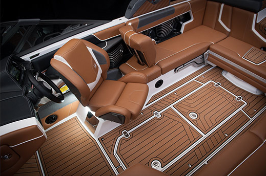 nautique-boats-keyshot-interior-01-tn